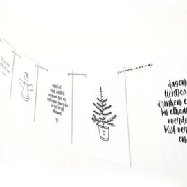 Kerst slinger met zwart wit touw  |  By Romi