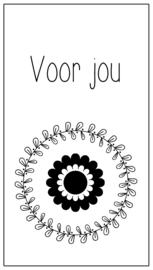 114 kadolabel 8,5 x 4,5 cm * Voor jou (bloem) * v.e 15 stuks