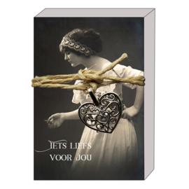 doosje Romantic 119 Iets liefs voor jou v.e. 3