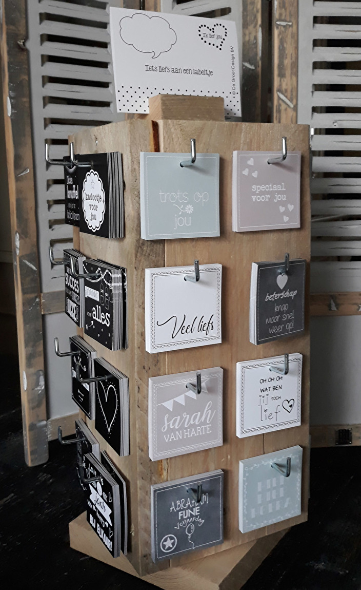display met cadeaulabels
