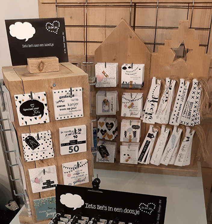 cadeaulabels in display