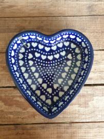 Baking dish heart