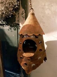 Unique rusty birdhouse