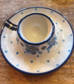 Egg cup flat