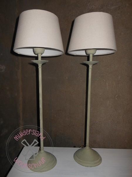 Set van 2 staande lampjes