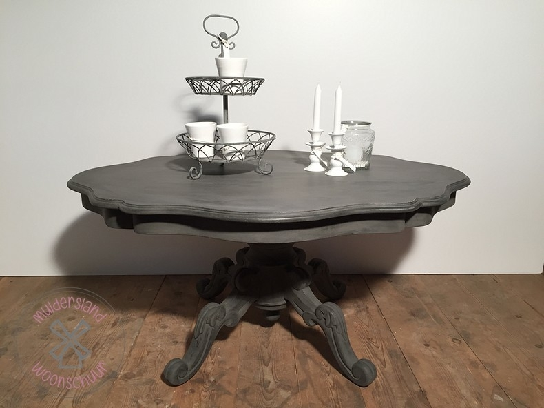 Sierlijke salontafel
