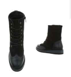 Boots davelyna H