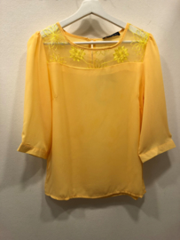 Blouse Karlijn  yelllow