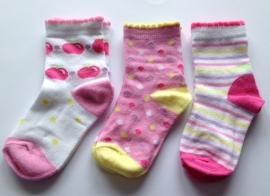 3 paar babysokjes in vrolijke kleuren
