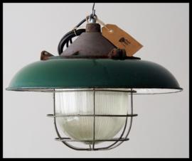 Mooie kooilamp in groen emaille ! (meerdere beschikbaar!)