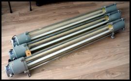 Industriële TL VEB Leuchtenbau Wittenberg tube (nog 1 beschikbaar)