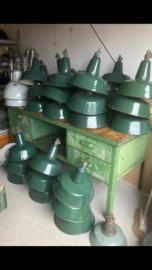 Groen emaille industrielamp middelgroot , Zaos OBs (30  beschikbaar)
