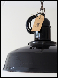VERKOCHT! Zeer oud, en extreem zeldzame industriële lamp! (2 beschikbaar)