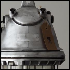 Industriële kooilamp DDR, grote zeldzame bully. Heel Stoer! (meerdere beschikbaar)