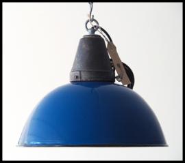 Petrolblauw industriële emaille hanglampen, stalen top ( 18 beschikbaar)