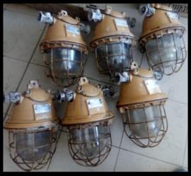 Industriële kooilamp EOW, grote zeldzame bully ( meerdere beschikbaar)