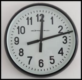 Grote oude industriële klok zwart (2 beschikbaar)