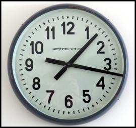 Grote oude industriële klok (4 beschikbaar)