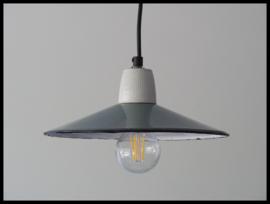 Oude schotel lamp, mooie zeegroene kleur