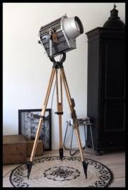 TOPSTUK! Industriële voormalig DDR statief lamp! Groot zeldzaam model! (3 beschikbaar)