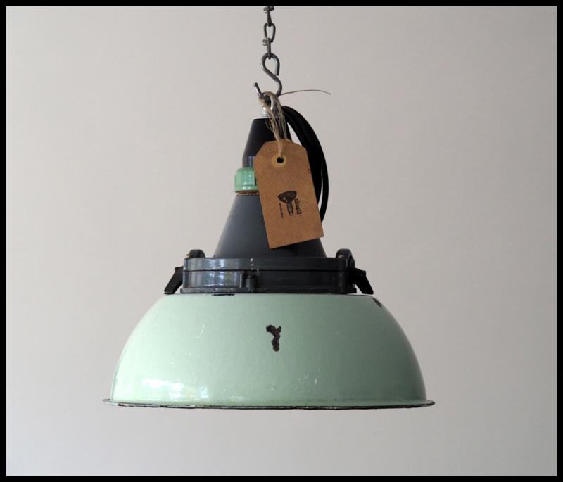Groene industriële emaille hanglampen CCCP model 4 ( nog 1