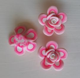 Rooskraal van fimoklei roze-wit