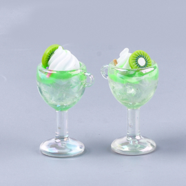 Resin hanger kiwi cocktail
