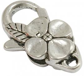Metalen sleutelhanger met bloem