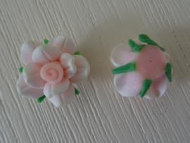 Fimo kraal roosje gemeleerde kleur, lichtroze