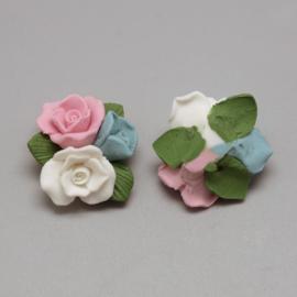 Porceleinen rooskraal wit-roze-blauw