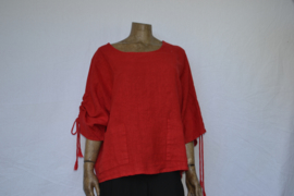 La Bass blouse rood, knopen achter