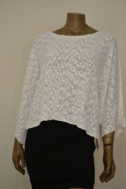 Billy B  trui / shirt Top Imma 14 white, wijd ,kort