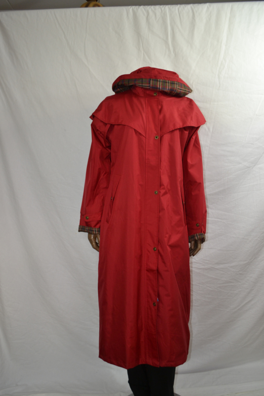 Paard jas rood 100% wind/water dicht met capuchon