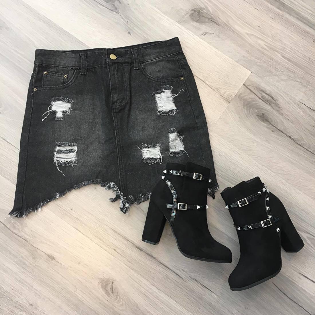 https://www.byminettes.nl/a-48962352/jurken-rokken/denim-skirt-grey/