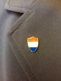 Lapel pin Dutch shield