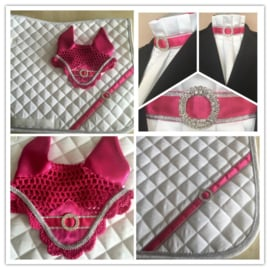 Set Little pink lady (set van sjabrak, plastron en oornet)