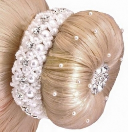 Haarscrunchie (knotband)  Parel & strass (LET OP DIT IS ZONDER PARELHAARNETJE)
