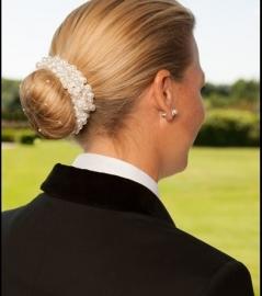 Parel knot scrunchie