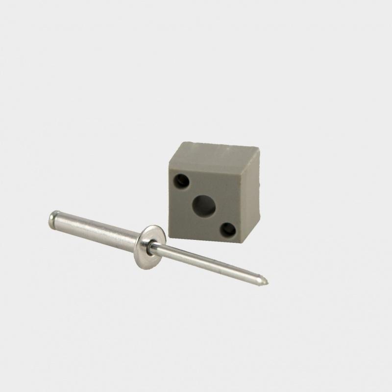 B20P Blindverbinding voor koker 20x20x1,5mm. inclusief popnagel.