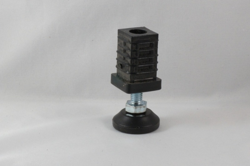 SV 25 Stelvoet voor koker 25x25x2mm.