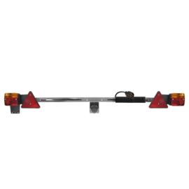 Verlichtingsbalk metaal 140-200cm uitschuifbaar + 12M kabel  Omschrijving: - Met 7-polige stekker - 12V  Zoekwoorden: Lichtbalk Verlichtingsbalk