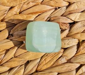 Pistache calciet - trommelsteen - no.1 - 3,5 cm