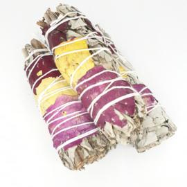 Witte Salie met Rozenblaadjes Smudge Stick - 12cm