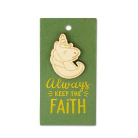 Houten Broche op cadeaukaartje - Faith