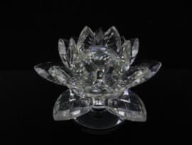 Kristal - lotus op standaard - 10 cm - met kleine beschadiging binnenin