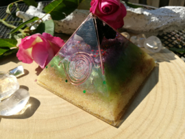 Orgonite Cheops Piramide - 10cm - super protected
