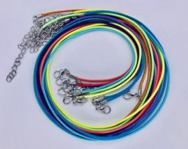 Ketting - diverse kleuren - 45cm