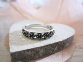 Ring - Patterned - 925 Sterling Zilver - Zwarte Zirconia - mt 7