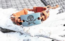 Armband - bruin met doodshoofd