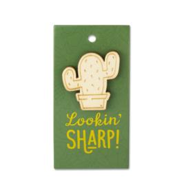 Houten Broche op cadeaukaartje - Lookin Sharp